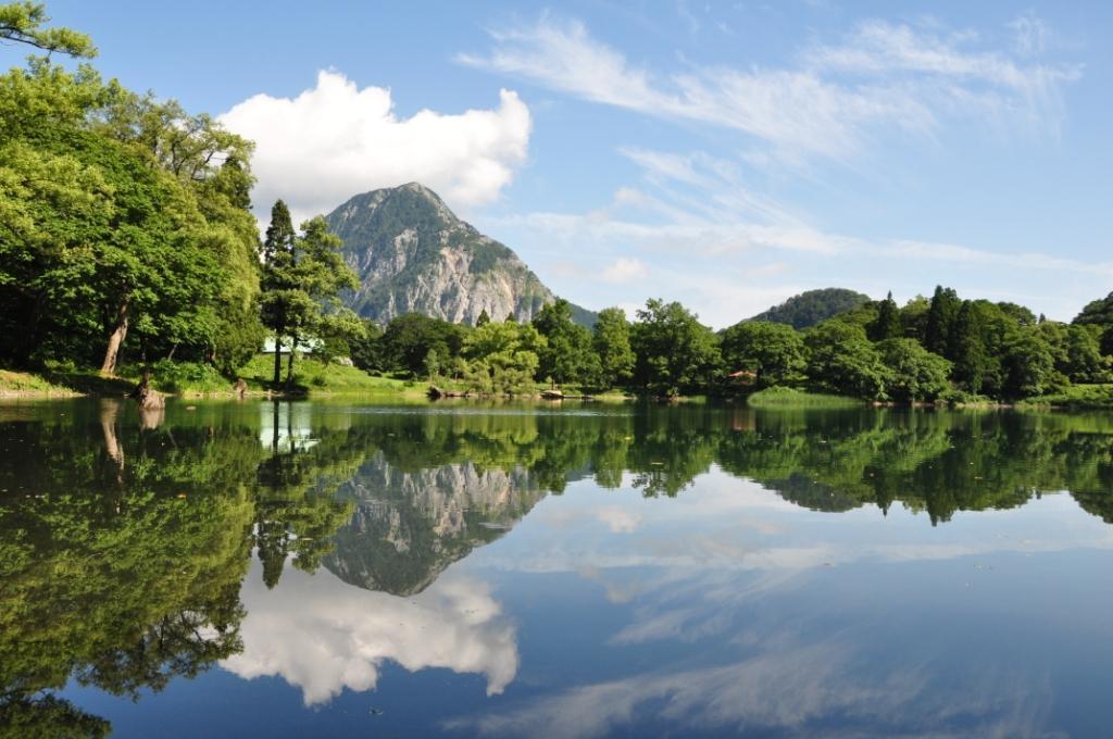 2. 高浪の池 Takanami Pond