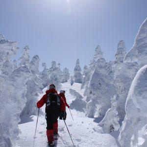 冬の志賀高原を大冒険