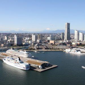 クルーズ客船で賑わう横浜港